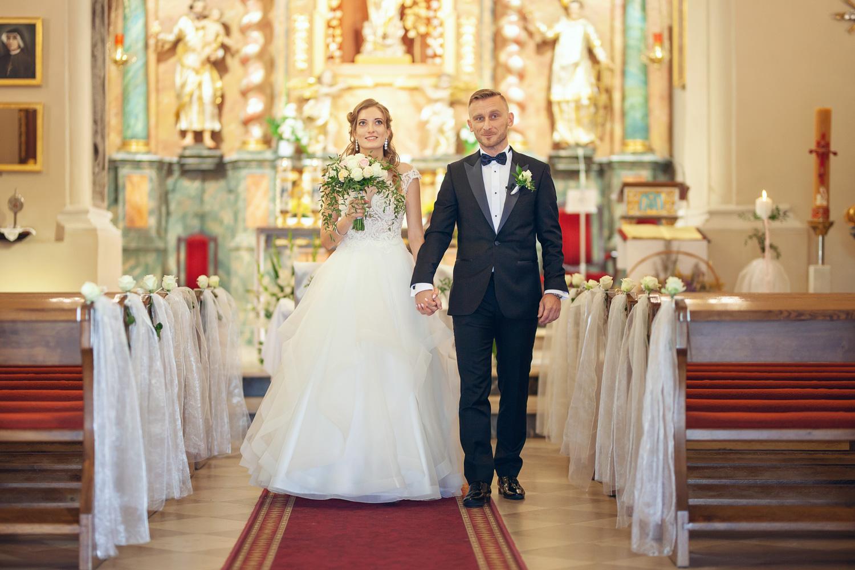 Fotograf Ślubny Poznań Wielkopolska Kościół w Tulcach